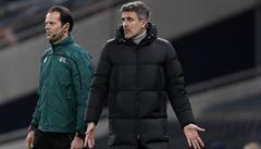 Čekal ho boj o postup v Evropské lize, trenér Dinama Záhřeb Mamič však rezignoval. Půjde totiž do vězení