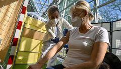 Očkování pro mladší zvětší fronty na injekci. Arenbergerův plán může být spíš PR akcí než realitou