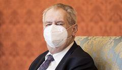 Prezident Zeman se k vyhoštění ruských diplomatů vyjádří příští neděli, opozice kritizuje odklad