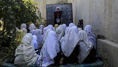 V Kábulu zakázali dívkám nad 12 let zpívat na veřejnosti