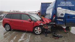 Při sérii nehod na D1 bouralo až 15 aut. Náhle se změnilo počasí a vozovka namrzla