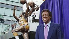 Do basketbalového nebe odešel Elgin Baylor, jeden z prvních slavných černošských hráčů v NBA