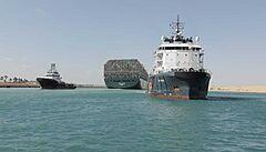 Egyptský soud povolil odplout lodi Ever Given, která blokovala Suezský průplav