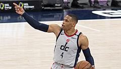 Washingtonu v NBA nepomohl další triple double Westbrooka, Denver uspěl ve Philadelphii