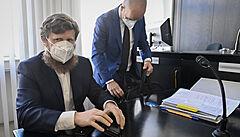 Soud začal projednávat žalobu novináře Motejlka proti pokutě od ČNB za manipulaci s kurzem akcií O2