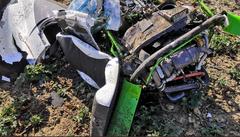VIDEO: Nedaleko Prahy se z 90 metrů zřítil menší vrtulník. Zemřeli dva lidé