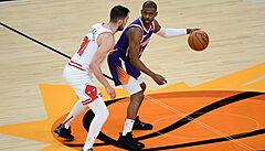 Pět zápasů bez výhry. Chicago se v NBA trápí, nepomohlo ani devět bodů Satoranského