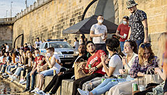 Praha na náplavkách zakáže pití alkoholu po půlnoci. Z problematického baru se stane restaurace