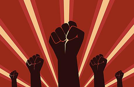 SOUTĚŽ: Co by se stalo, kdyby v roce 1989 komunisté nepadli? Vyhrajte novinku Aleny Mornštajnové