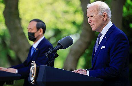 Co Biden dokázal během prvních 100 dnů vládnutí? Zrušil rekordní počet nařízení, prosadil 'jen' sedm zákonů