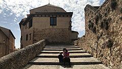 NOMÁDI: Španělské Kokořínsko a Český Krumlov. Ve městě Cuenca jako by se zastavil čas