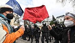 MLEJNEK: Vrbětické volební paradoxy. Kauza s ruskými špiony vzala opozici vítr z plachet