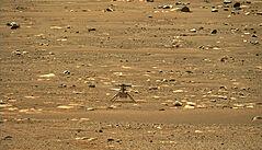 NASA chce překročit další milník, helikoptéra Ingenuity se má proletět po Marsu