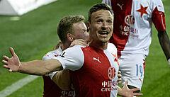 Kulhánek se chystá za Zemanem, Slavia vyzve Arsenal a na severu Evropy se rozhodne o AstraZenece