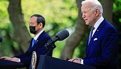 Čína odsoudila prohlášení USA a Japonska vydané po schůzce Bidena a Sugy. Prý ohrozilo mír v regionu