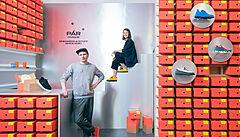 Chtěli jsme vyrobit boty, které jen tak nevyjdou z módy, říkají zakladatelé nové značky PÁR