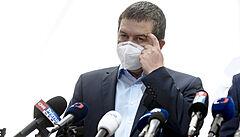 Hamáček vyvrátil Zemanovo tvrzení o dvou vyšetřovacích verzích v kauze Vrbětice, je jenom jedna