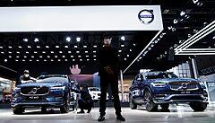 Už jen elektrické vozy. Automobilka Volvo změní do roku 2030 výrobu, chce obří továrnu na baterie