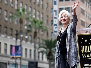 Ve věku 89 let zemřela v sobotu herečka Olympia Dukakisová, která získala...