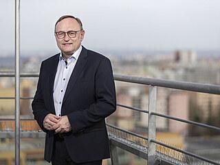 Skončí model, kdy má zaměstnanec svůj stůl, na něm fotografii a pod ním papuče, říká šéf českého Siemensu