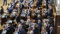 Sněmovna schválila nový stavební zákon. Změní se organizace úřadů, podle opozice to ochromí řízení