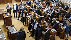 Sněmovna se ve středu sejde na mimořádné schůzi. Vyvolali ji poslanci hnutí ANO kvůli stavebnímu zákonu
