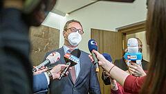 Šéf žalobců Zeman: Styděl jsem se za průběh jednání sněmovny, bylo to nedůstojné divadlo