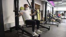 Češi frustrovaní z údaje na váze kvůli covidu do fitek příliš nemíří