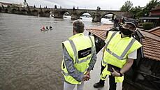 Praha po deštích zavřela vrata na Čertovce i náplavky, nejezdí část přívozů