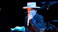 Shakespeare naší doby. Příběh Boba Dylana, který proměnil dějiny hudby i literatury, se vymyká úplně ve všem