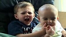 Charlie mě kousl do prstu! Jedno z prvních virálních videí se prodalo za 16 milionů korun