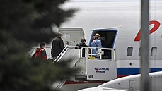 Moskevský speciál odletěl z Prahy. Do vlasti přemístí vyhoštěné zaměstnance ruské ambasády