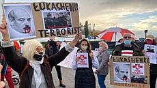 V Lukašenkově verzi je podle médií nesrovnalost: letadlo odklonili dřív, než přišla údajná hrozba bombou