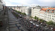 Na demonstraci Milionu chvilek dorazilo asi pět tisíc lidí, žádali demisi Benešové a nezávislost justice