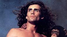 Představitel Tarzana zemřel. Populární herec Joe Lara se stal obětí pádu letadla v Tennessee
