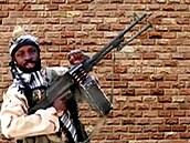 Islámský stát deklaruje zabití nigerijského vůdce radikální skupiny Boko Haram. Shekau sám sebe odpálil