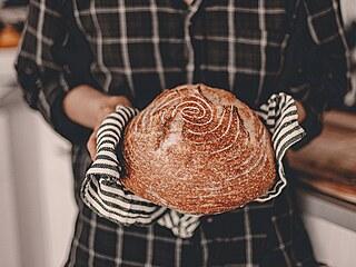 Toužíte si doma sami upéct vlastní chléb? Poradíme vám, jak na ten nejlepší kvásek