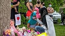 Kanadou otřáslo zabití muslimské rodiny, přejel ji řidič v pickupu. Zemřeli oba rodiče, dcera a babička
