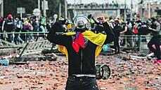 Vir v Kolumbii posílil sny marxistů. Cílem je destabilizovat vládu skrze lidový hněv
