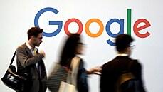 Internetoví giganti mají jasno. Google a Facebook pustí do kanceláří jen očkované zaměstnance
