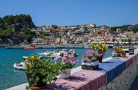 Chystáte se do Řecka či Albánie? Podívejte se, jaké formuláře musíte vyplnit a kdy se testovat