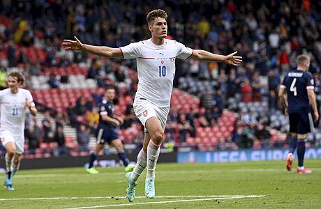 Češi zvítězili nad Skotskem 2:0, dvěma brankami se vyznamenal Patrik Schick