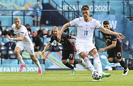 Chorvatsko - Česko 1:1. Schickův gól na další výhru nestačil, remíza ale zvyšuje postupové naděje