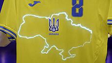 Ukrajinci nesmí mít na dresech slogan 'Sláva hrdinům', rozhodla UEFA. Podle ní je jasně politický