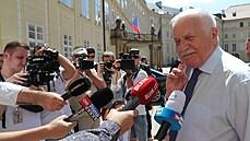 NOVÁČEK: Václav Klaus neřekl poslední slovo. Zázračná kariéra bankovního úředníka
