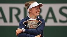 Chci zůstat sama sebou a plnit si další sny, říká po vítězství na Roland Garros Krejčíková