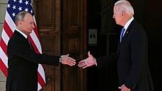 Biden je profesionál, který jde obratně za tím, co chce, prohlásil po středečním setkání Putin