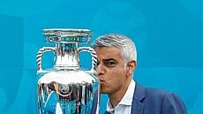 Deset hvězd evropského šampionátu. Nabízíme výběr fotbalistů, kteří mohou dotáhnout svoji zemi ke slávě