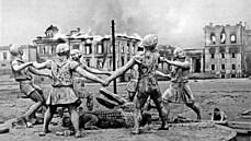 Ozbrojené síly třetí říše válcovaly sovětskou obranu. Očekávané zhroucení SSSR však nepřicházelo
