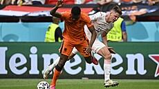 Mistrovství Evropy ve fotbalu, hysterický aktivismus a starý dobrý svět